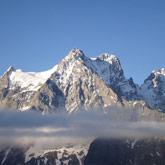 Entdecken Sie die Pelvoux-Gruppe, mit Gipfel und Hütte im Nationalpark Écrins und den Hautes-Alpes.