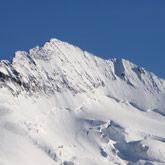 Erklimmen Sie das Écrin-Massiv in den Hautes-Alpes und den Nationalpark in der Nähe des Campingplatzes.