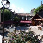 Das Tourismusbüro auf dem Platz Salva von Guillestre informiert Sie über alle Aktivitäten und anderen Highlights der Gegend, die Sie alleine oder mit Ihrer Familie entdecken können.
