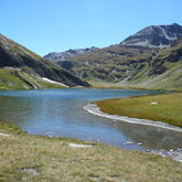 Discover the Hautes Alpes lakes during your stay at the campsite La Rochette at Guillestre.