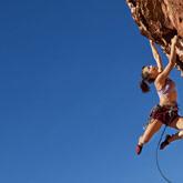Découvrez la pratique de l'escalade et des sports outdoor en générale, des pratiques incontournables sur le territoire.