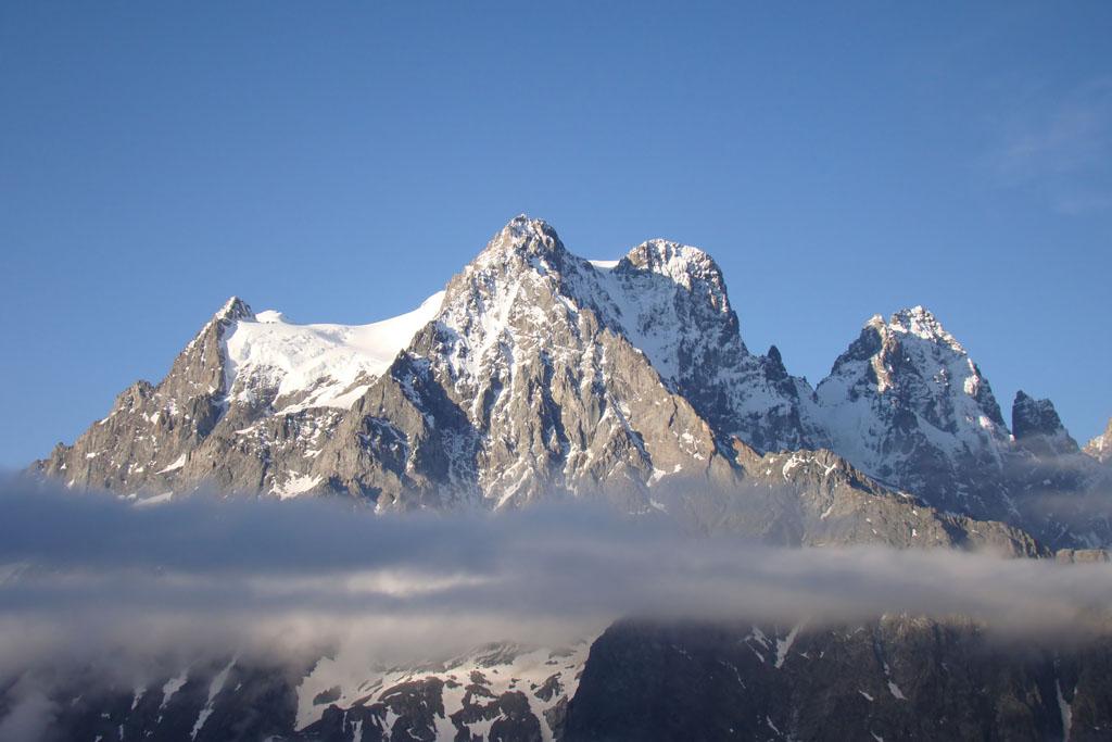 3 sterren camping guillestre la rochette hautes alpes ons fotoalbum met foto s van de - Office de tourisme bergen ...