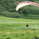 Ontdek het parapente-vliegen en andere activiteiten in de buitenlucht in les Hautes-Alpes en de omliggende departementen.